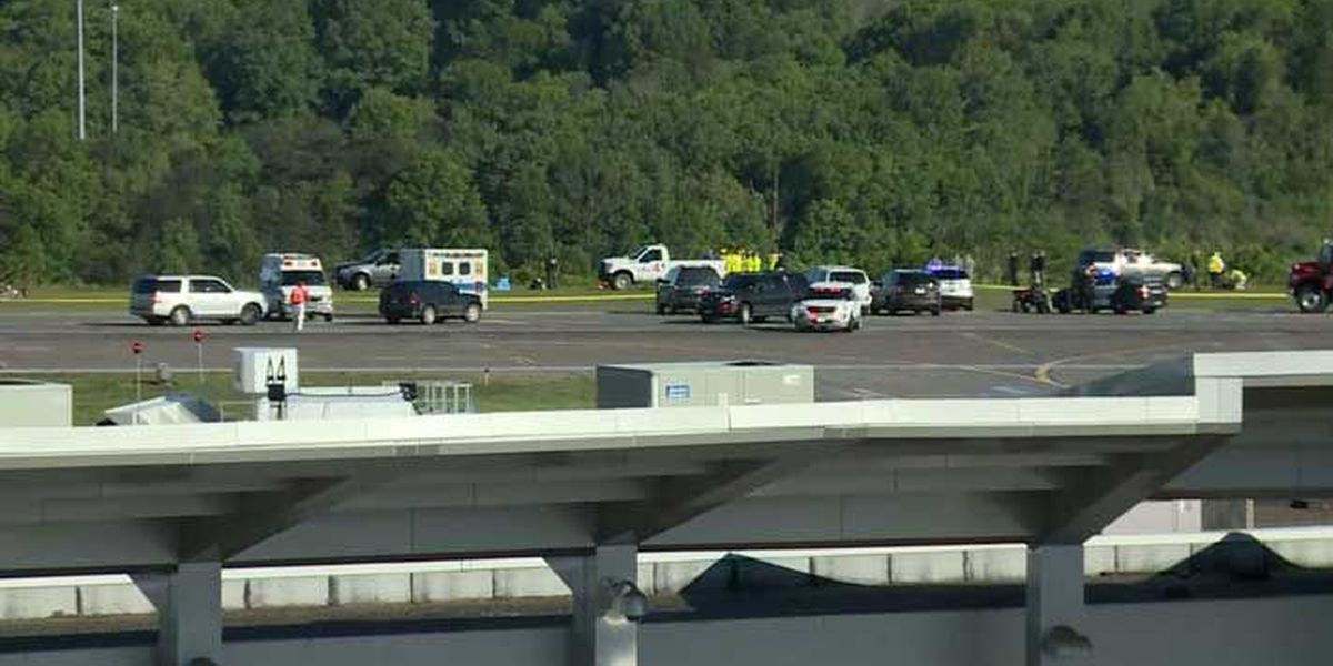 2 dead after plane contracted to UPS crashes in West Virginia