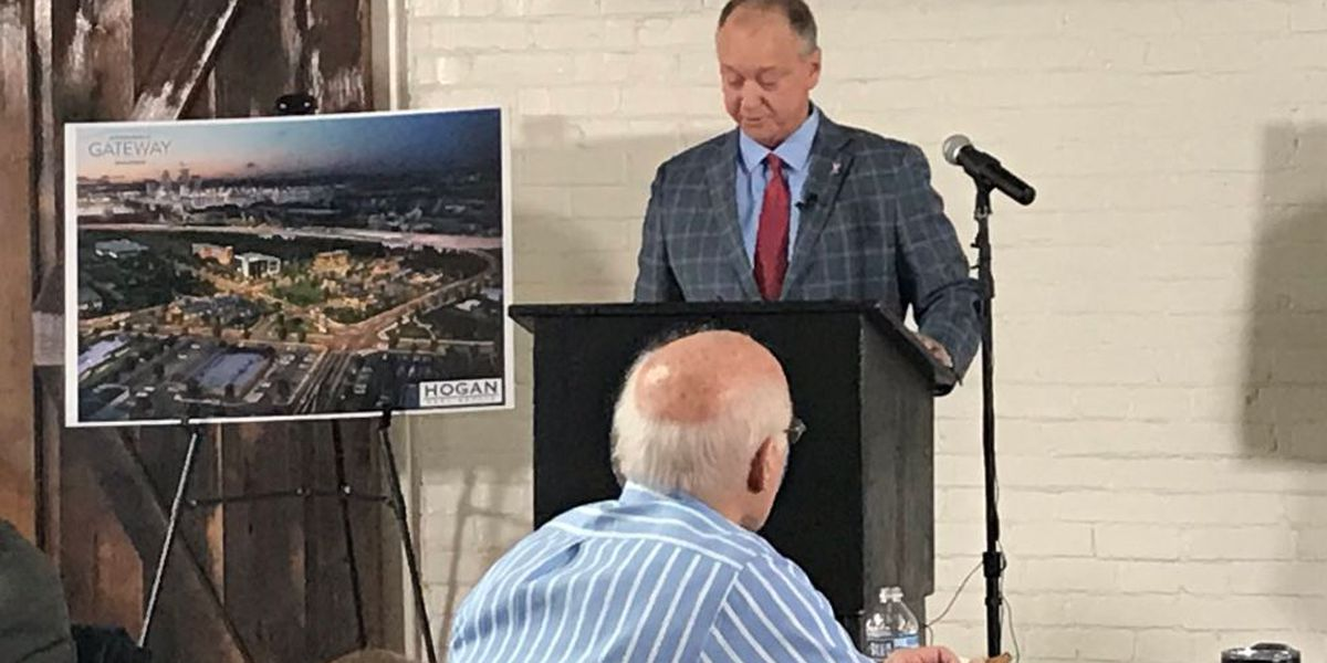Mayor Mike Moore touts Jeffersonville's growth in State of City speech