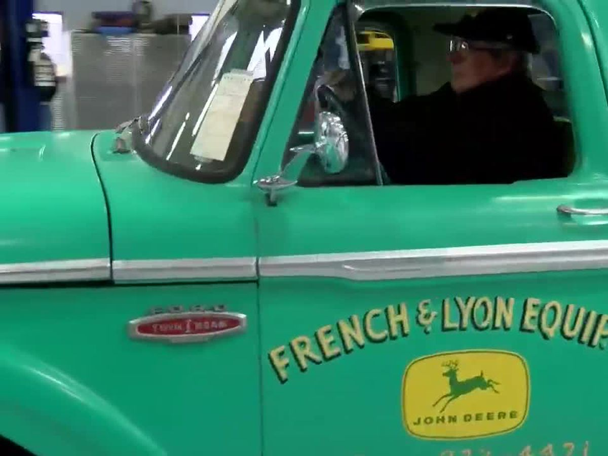 Family surprises Tri-State veteran with restored pickup truck