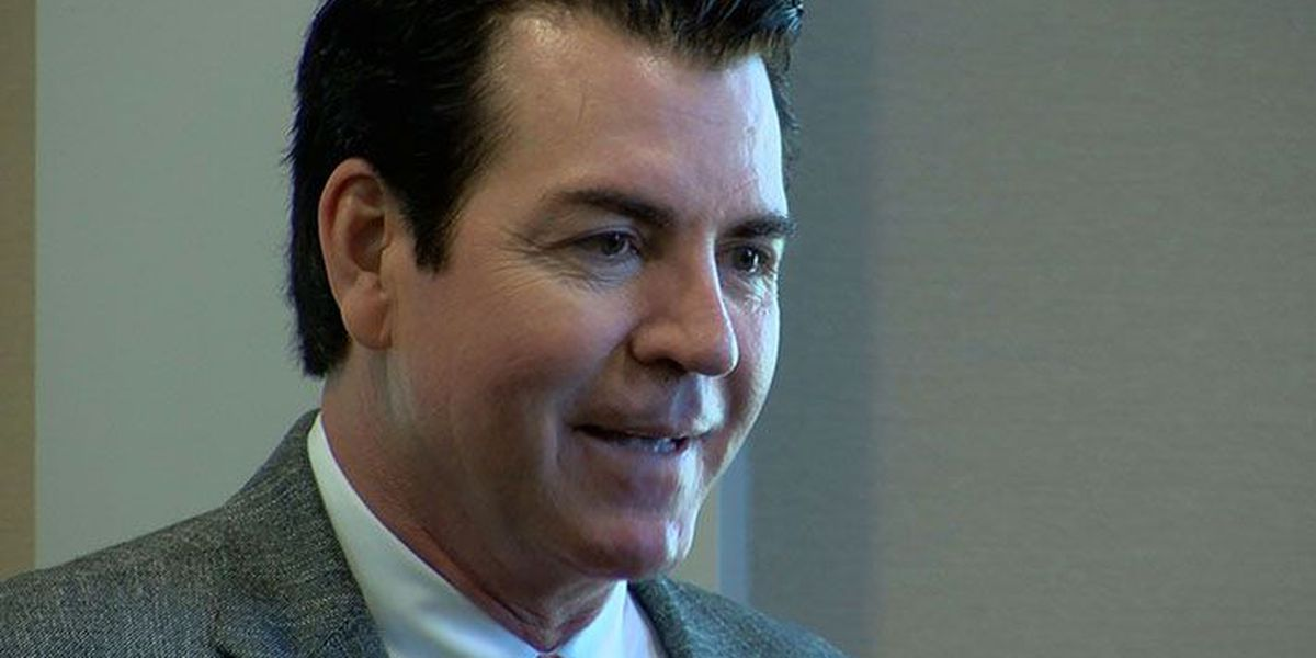 Judge says Papa John's founder is entitled to corporate records