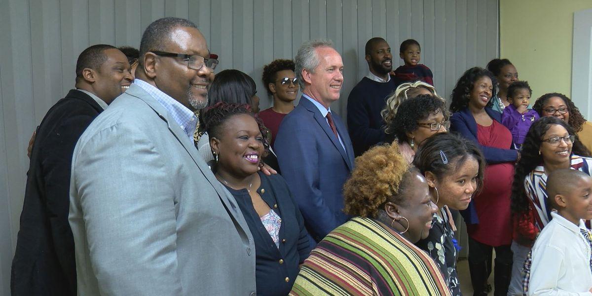 Louisville families learn valuable skills in free technology program