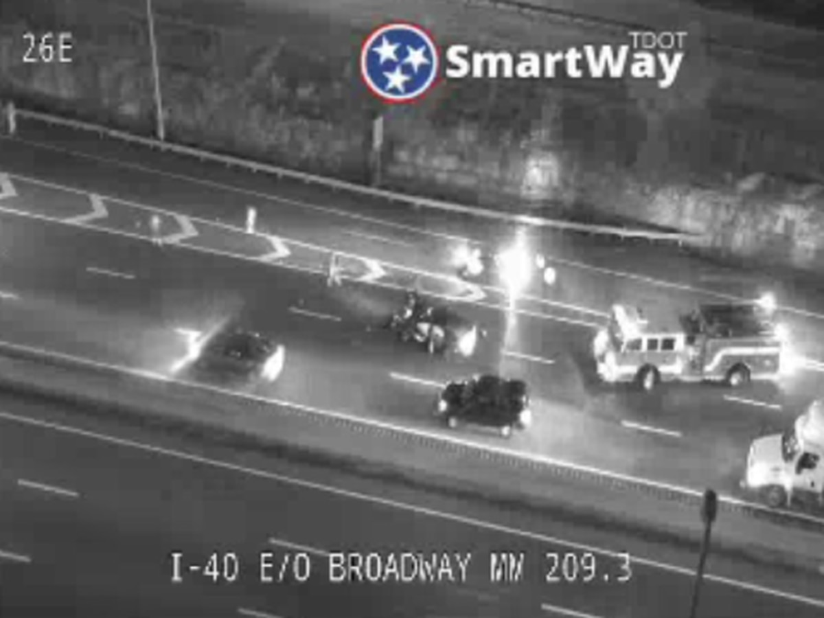 Louisville woman killed, brother critically injured in accident on I-40 in Nashville Saturday
