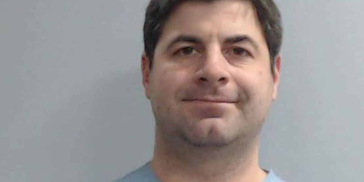Police: Lexington doctor shows up for surgery intoxicated