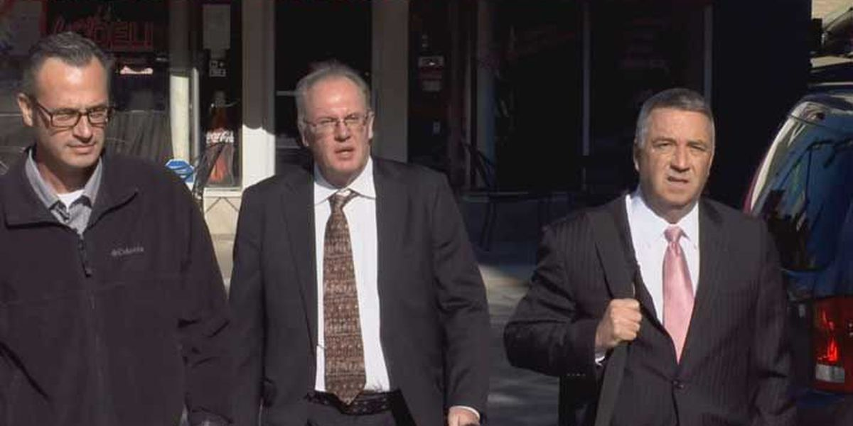 Former employee indicted for helping fugitive lawyer Eric Conn