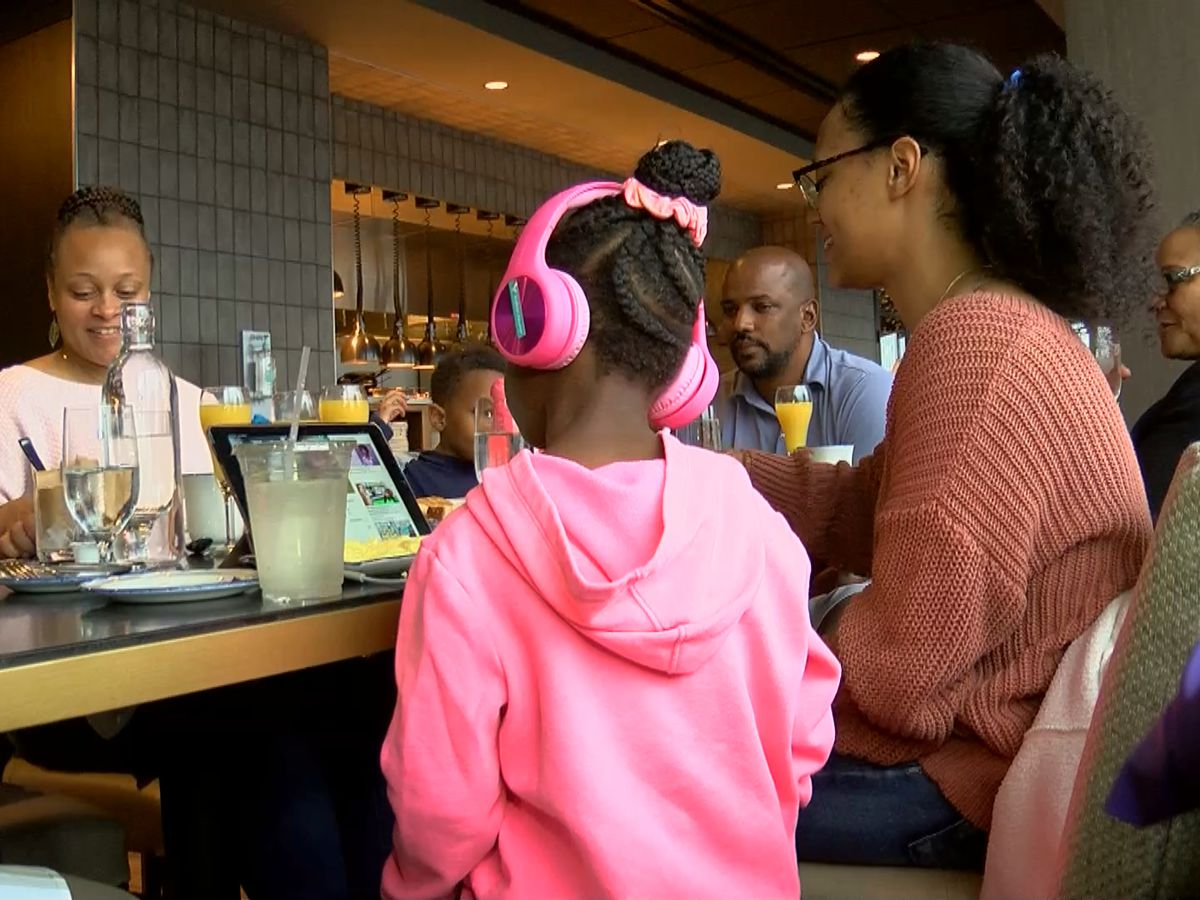 Mother's Day brunches bring patrons despite changes
