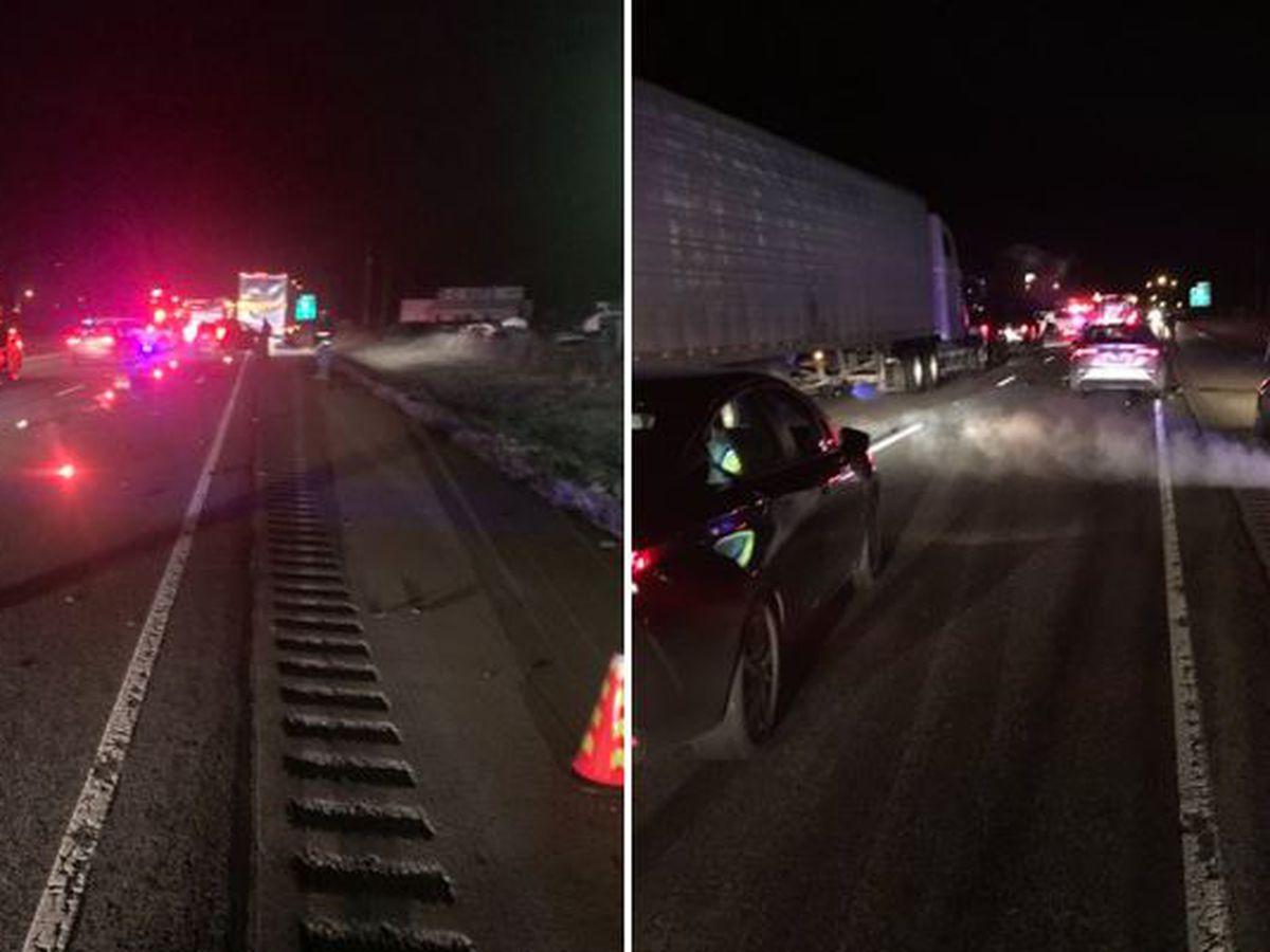 1 dead in crash on I-65 in Scott County