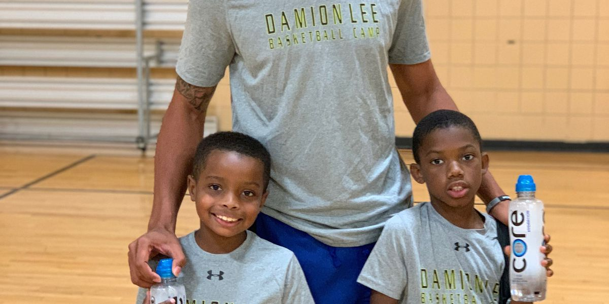 Former Card Damion Lee brings free camp to Louisville