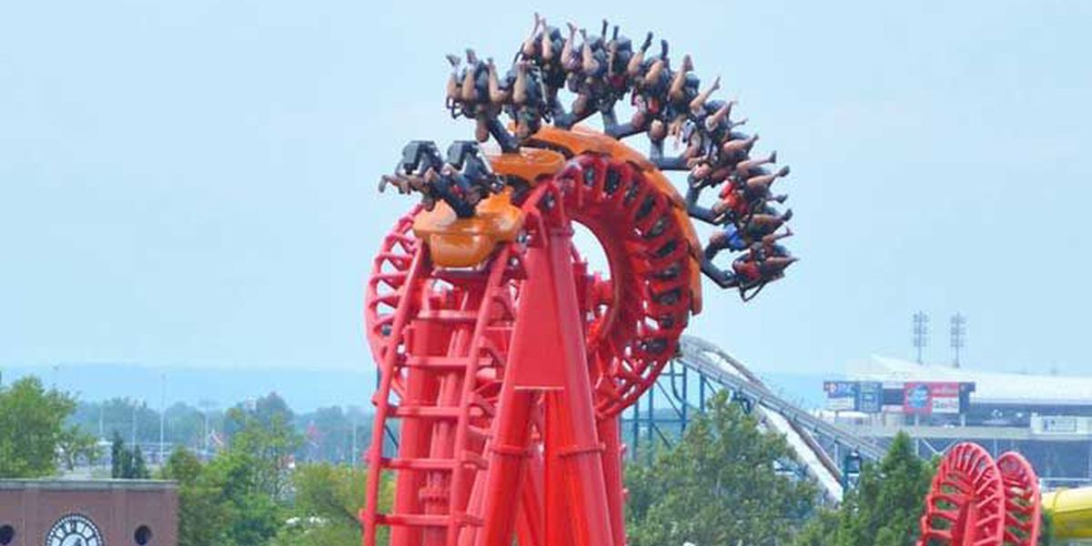 Officials: Woman hit in face by 'loose article' brought onto Kentucky Kingdom roller coaster