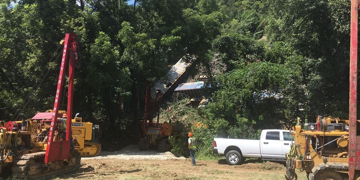 Clean-up continues after train derailment in Hardin Co.