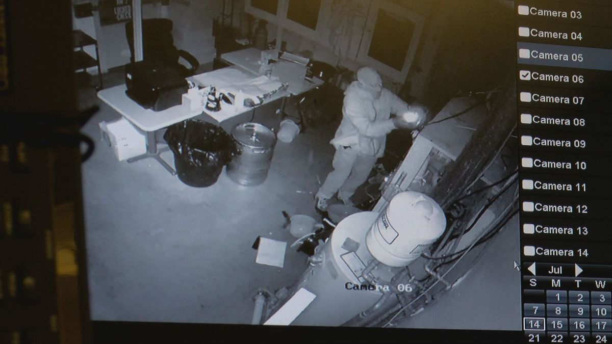Bold thieves hit VFW twice in same night