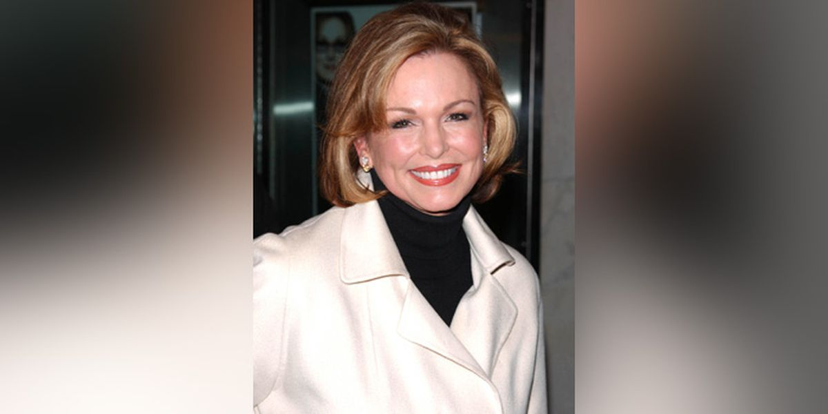 Visitation for Phyllis George will be held at Kentucky Castle Saturday afternoon