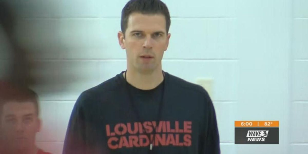 Padgett still coaching Cards without staff
