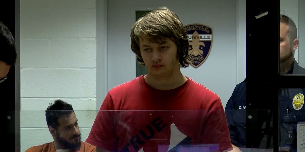 Man facing charges after accused of threatening to shoot students at Valley High School