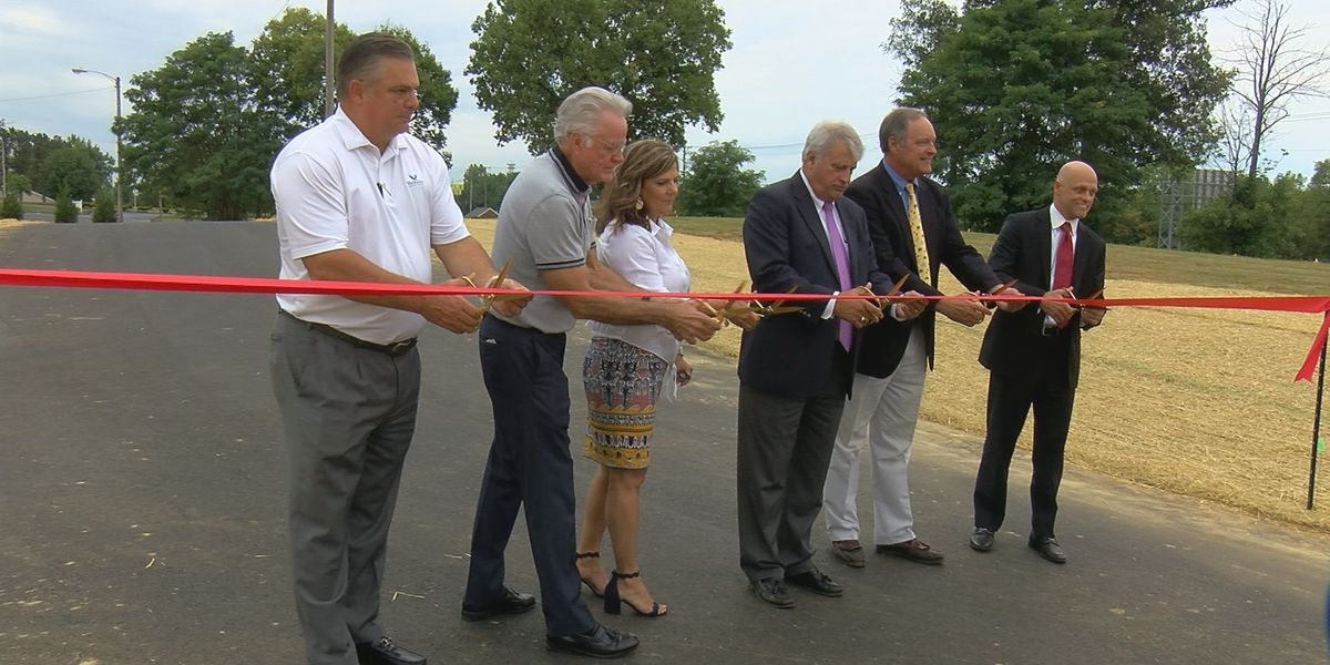 Safer traffic pattern unveiled near JCPS Elementary School