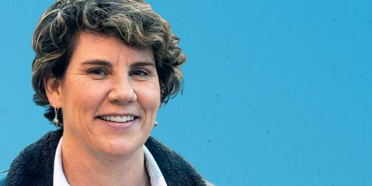 Amy McGrath tells supporters to 'buckle up' ahead of election results