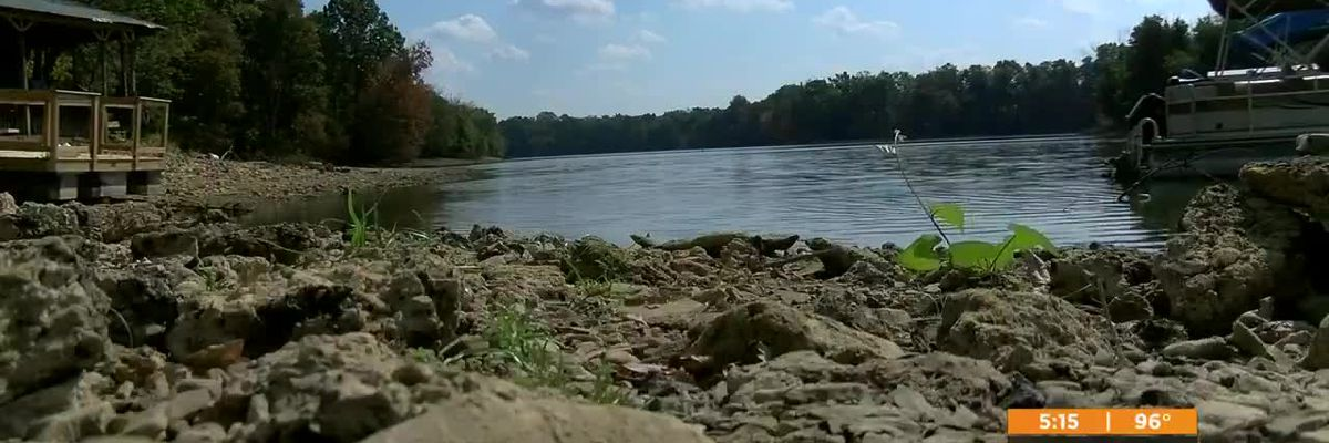 Low water and burn ban double trouble for Shelby County lake