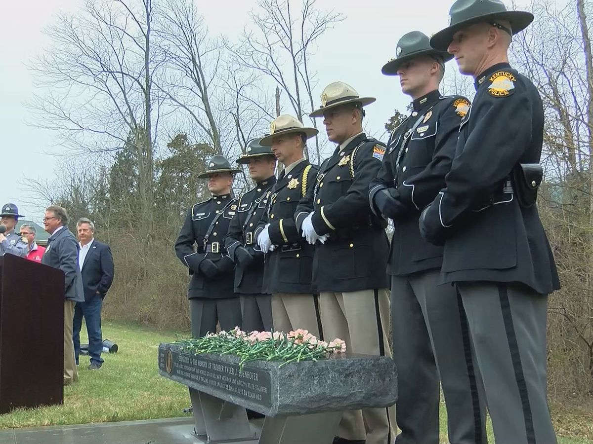 Bench dedicated to honor fallen state trooper