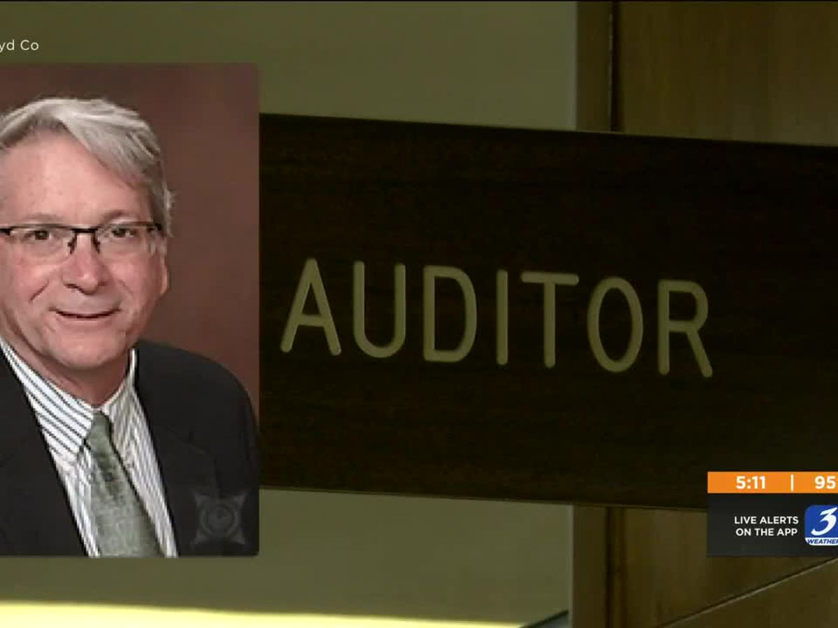 Floyd County auditor resigns