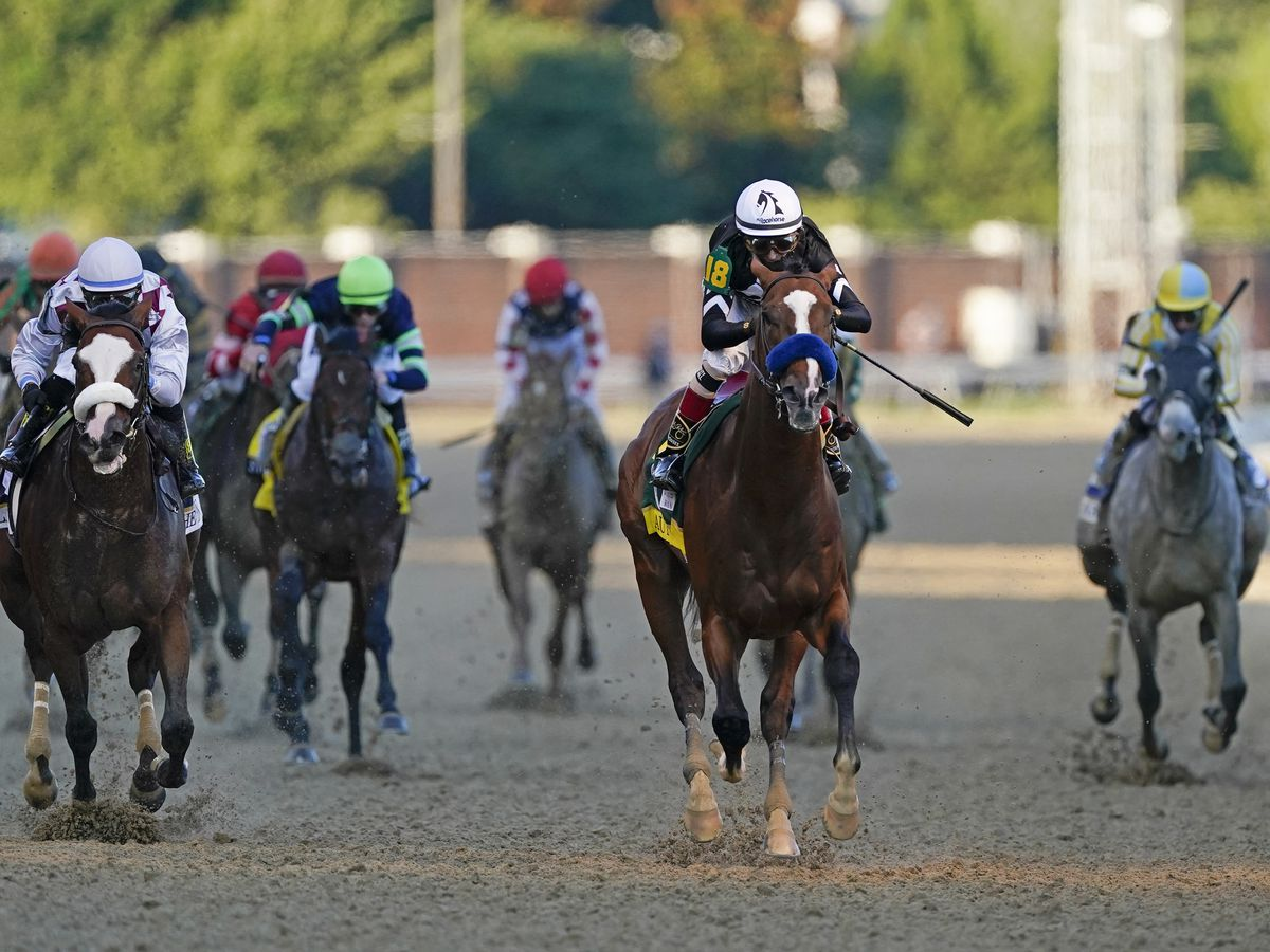 Super Stock pulls upset in Arkansas Derby