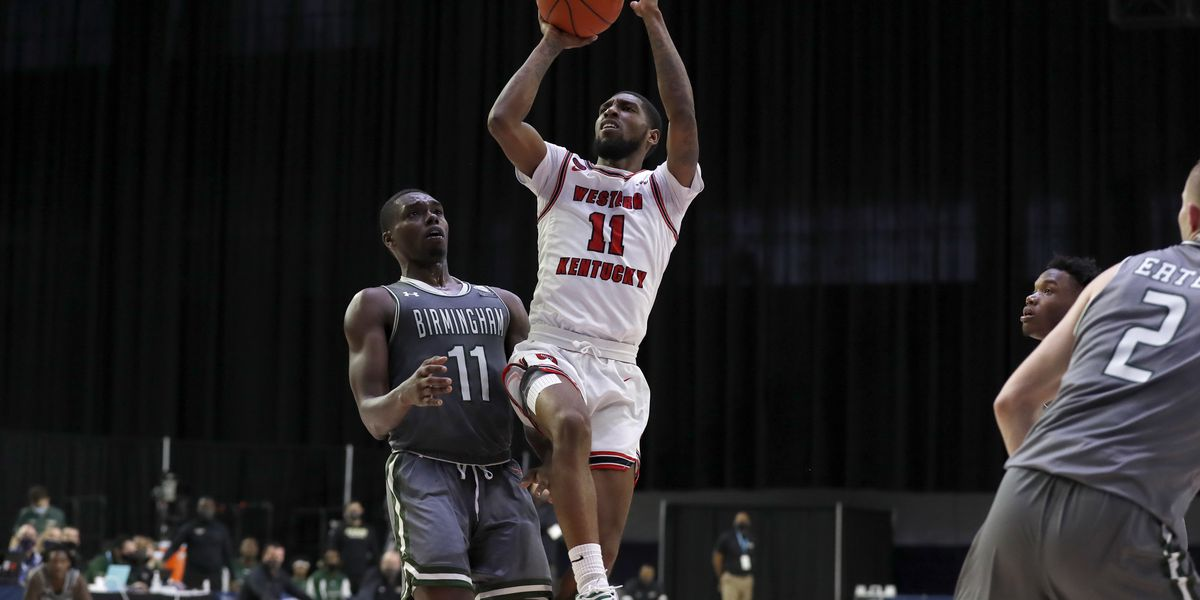 WKU holds off St. Mary's 69-67 in NIT opener