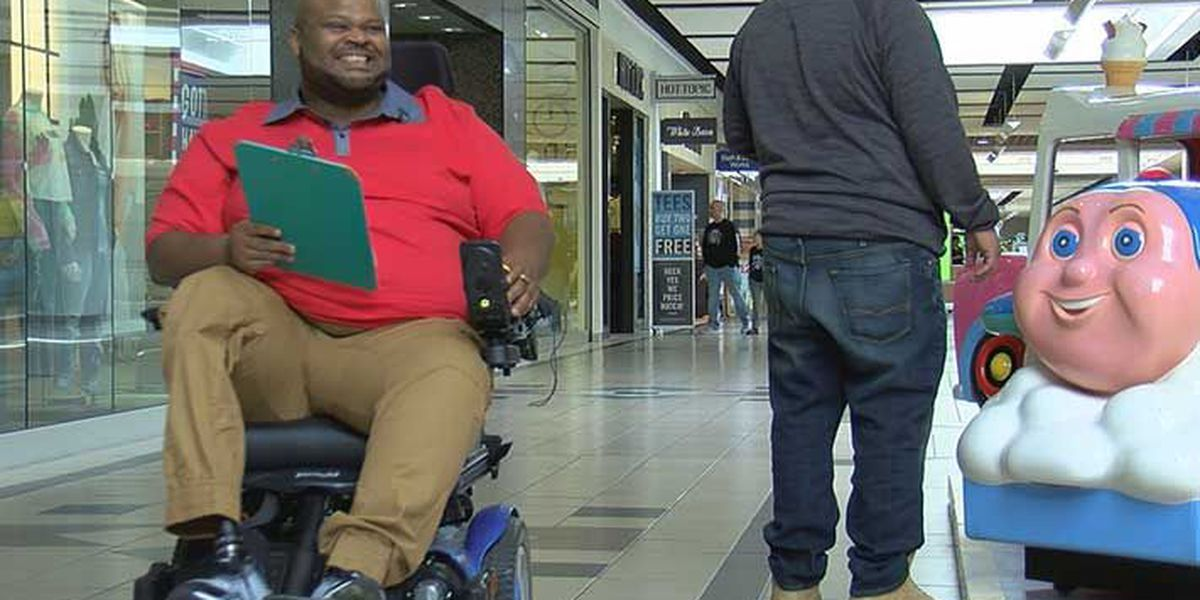 Southern Indiana man finds purpose at the mall