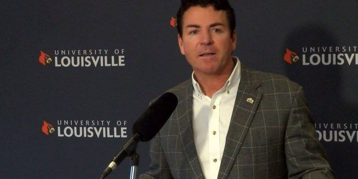 John Schnatter to step down as Papa John's CEO