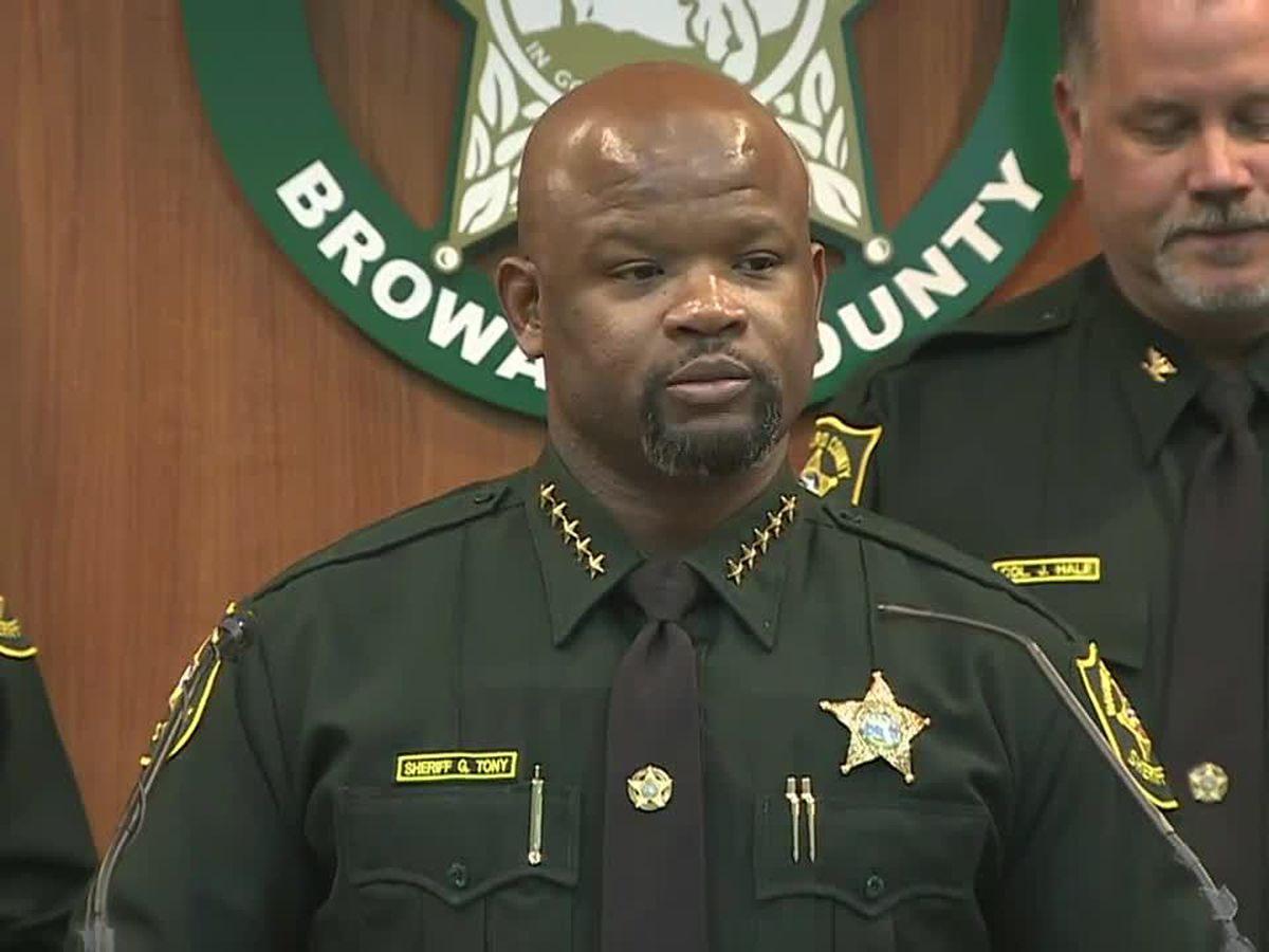 2 more deputies fired after shooting at Florida high school