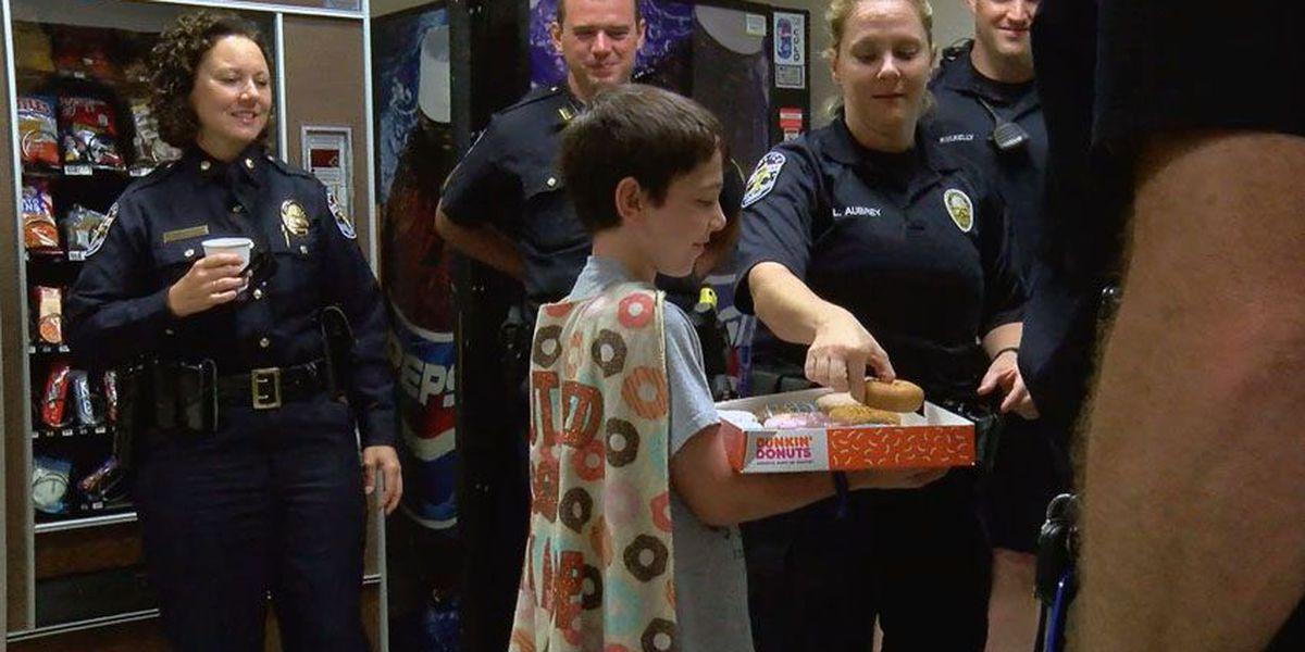 'Donut boy' delivers donuts, police appreciation to LMPD