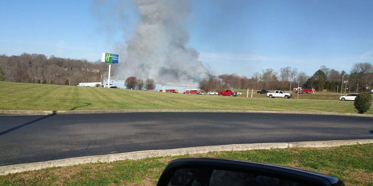 Fire crews battle flames at Campbellsville business
