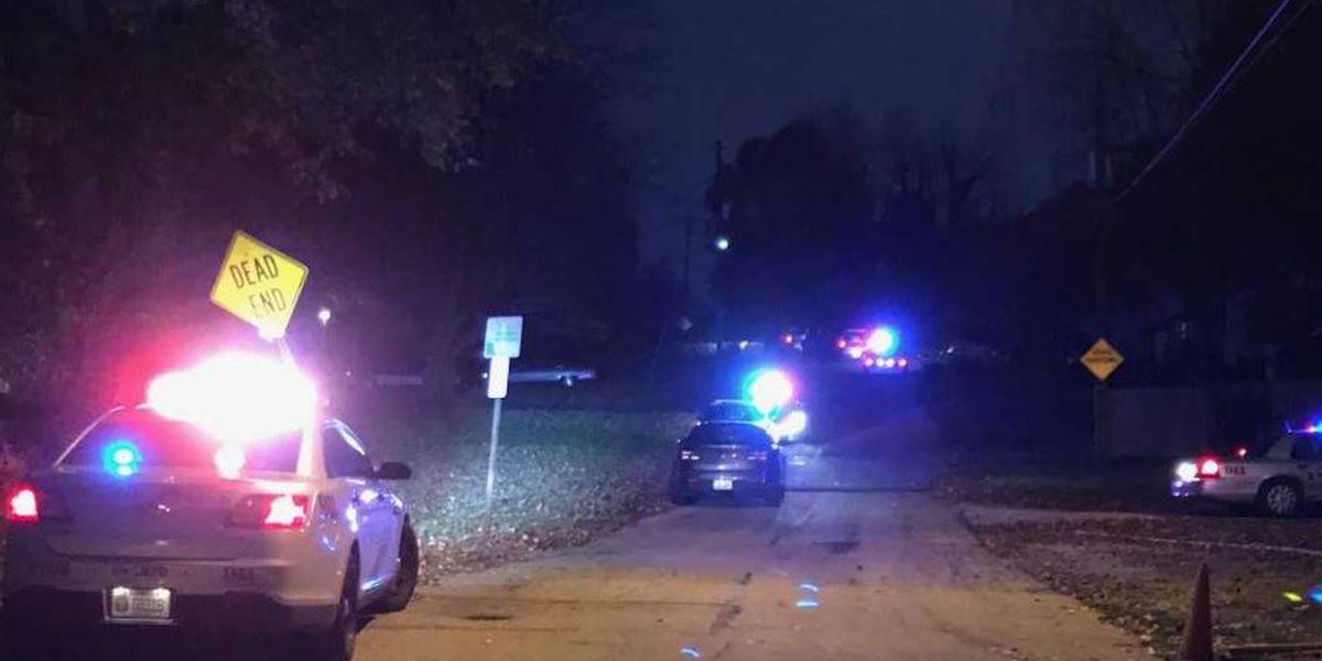 Man shot dead in Iroquois neighborhood