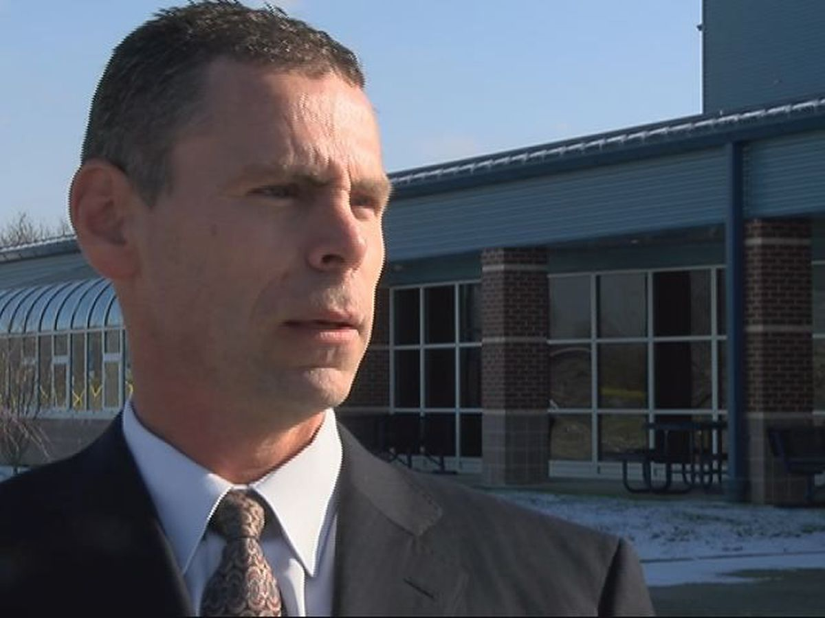 Spencer County superintendent on paid leave following sexual harassment lawsuit