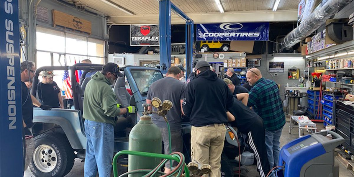 Veterans learn skills in automotive repair in 'Operation Jeep Build Program'