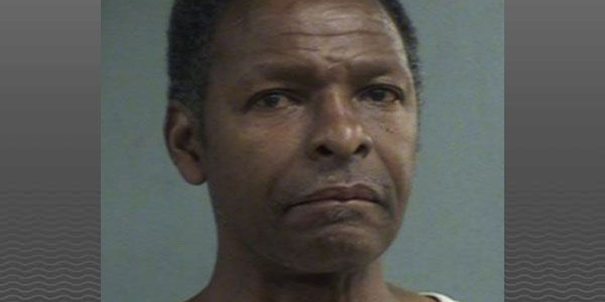 Louisville man charged for trying fill fake prescriptions