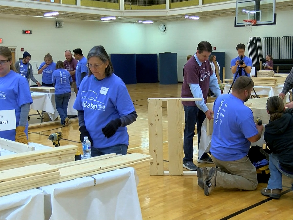 Southern Indiana high school students build beds for families in need