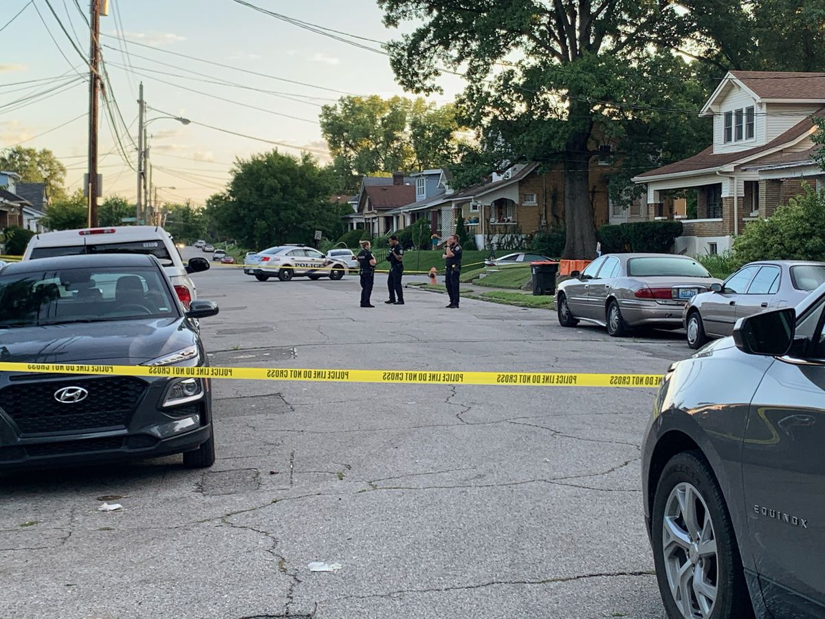 Man dies following shooting in Shawnee neighborhood