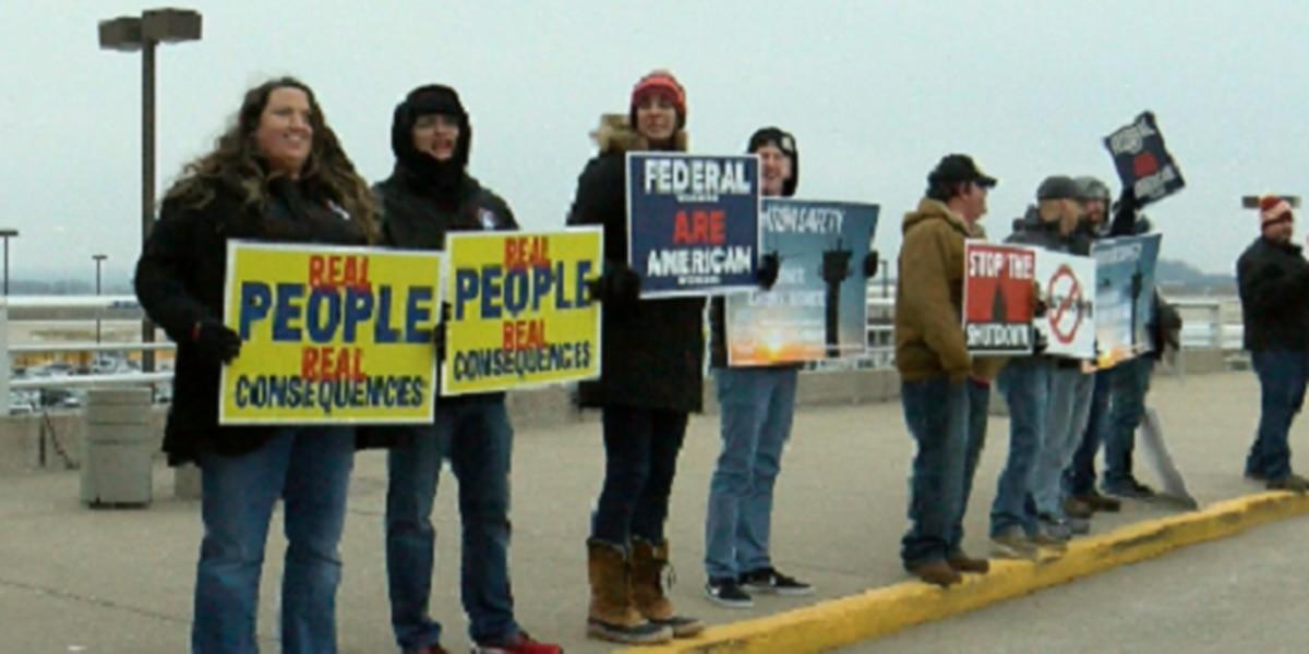 Louisville airport workers address government shutdown