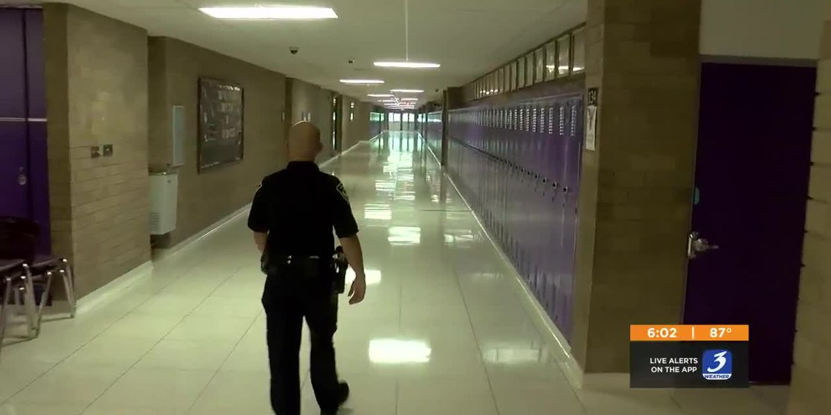 One southern Indiana school district establishes permanent school resource officer program