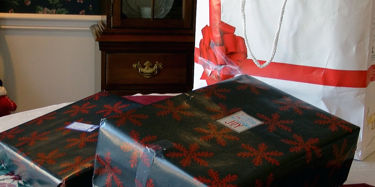Presents found on side of road, family looking for rightful owner