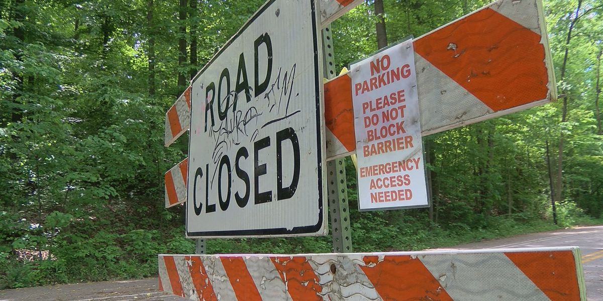 'Restore equal access': Metro council members urge Fischer to reopen Rundill Road at Iroquois Park
