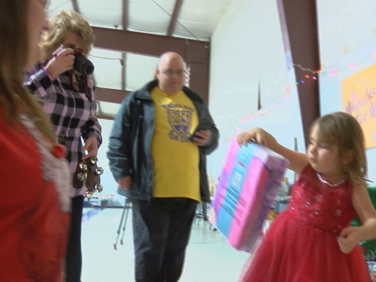 Community supporting KY family of four-year-old with terminal brain cancer