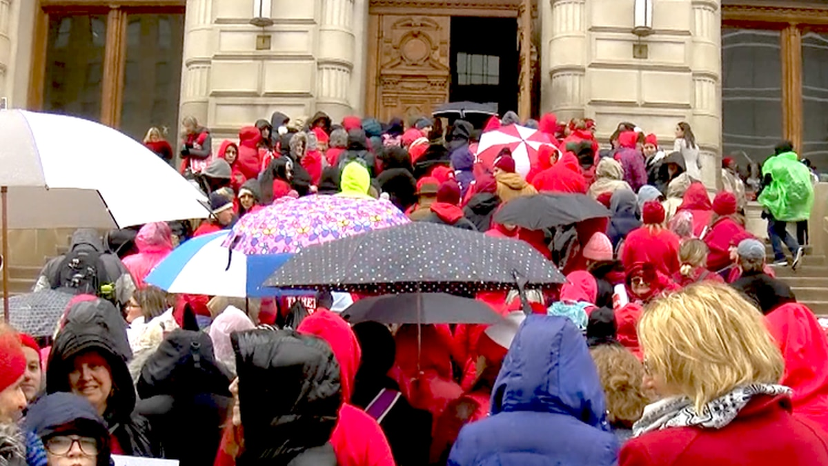 Southern IN lawmakers react to Red for Ed Action Day