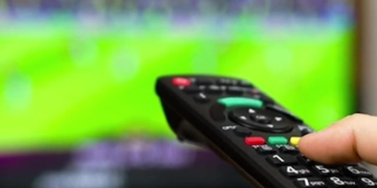 Looking to upgrade your TV before the Super Bowl? Here are the secrets to saving