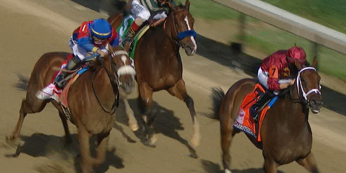 Shedaresthedevil wins Kentucky Oaks 146 in an upset