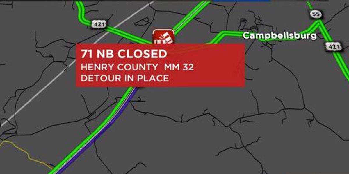 Amazon truck crashes on I-71; lanes shut down