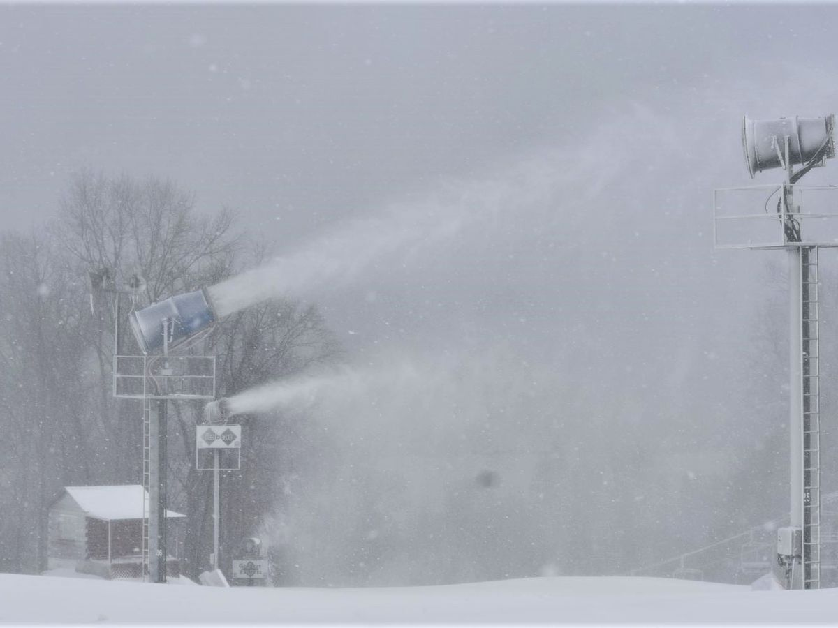 Paoli Peaks making snow in preparation for Wednesday reopening