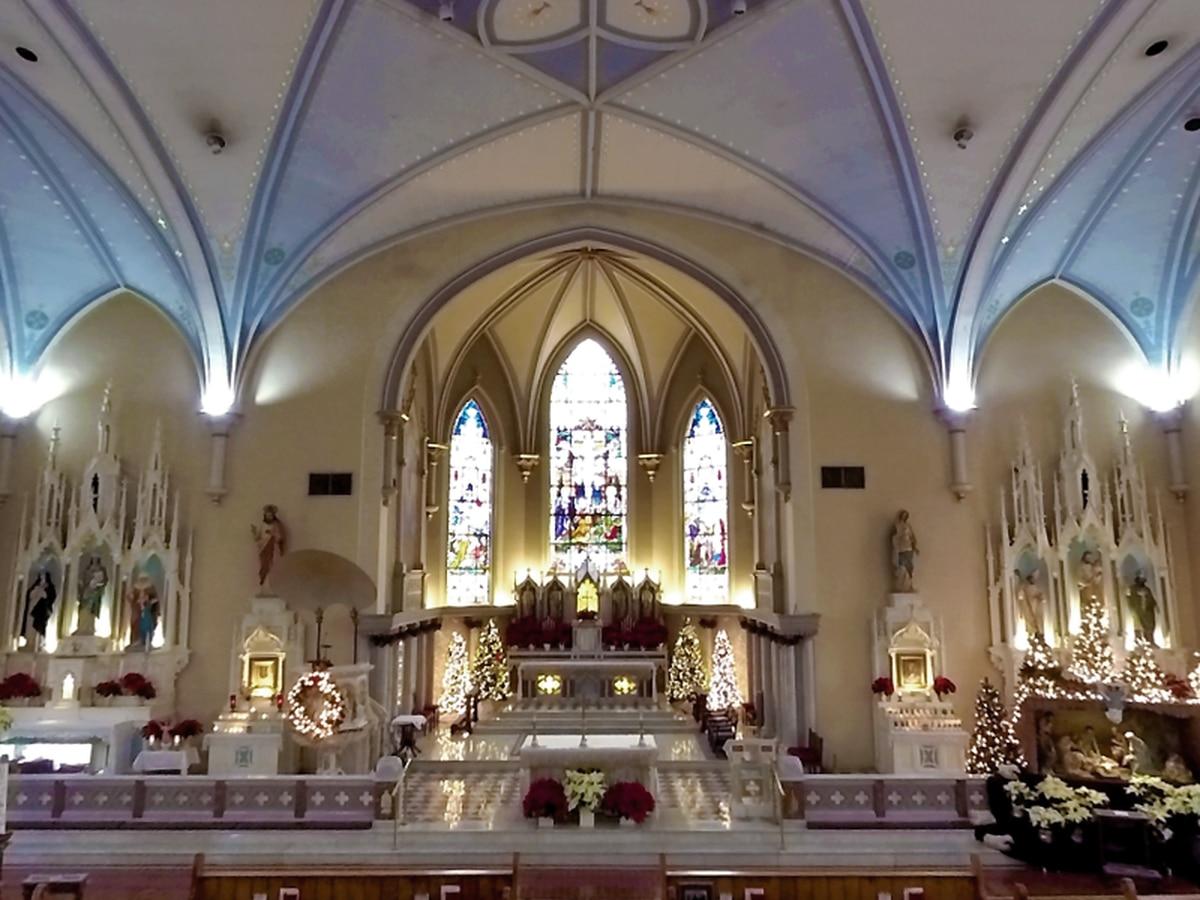 Pastor: Man arrested after allegedly vandalizing altar of Louisville Catholic church