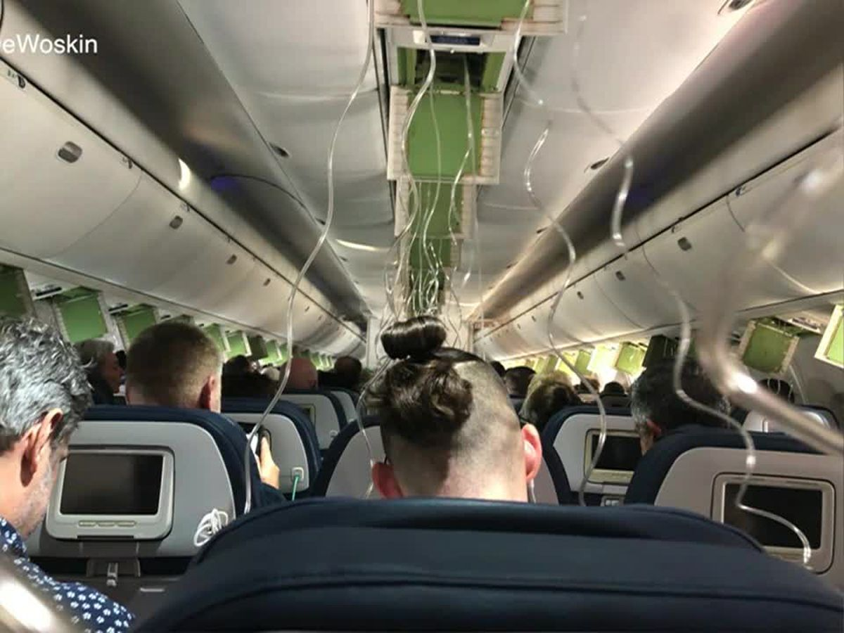 Delta flight makes emergency landing in Fla. after plunging 30,000 feet