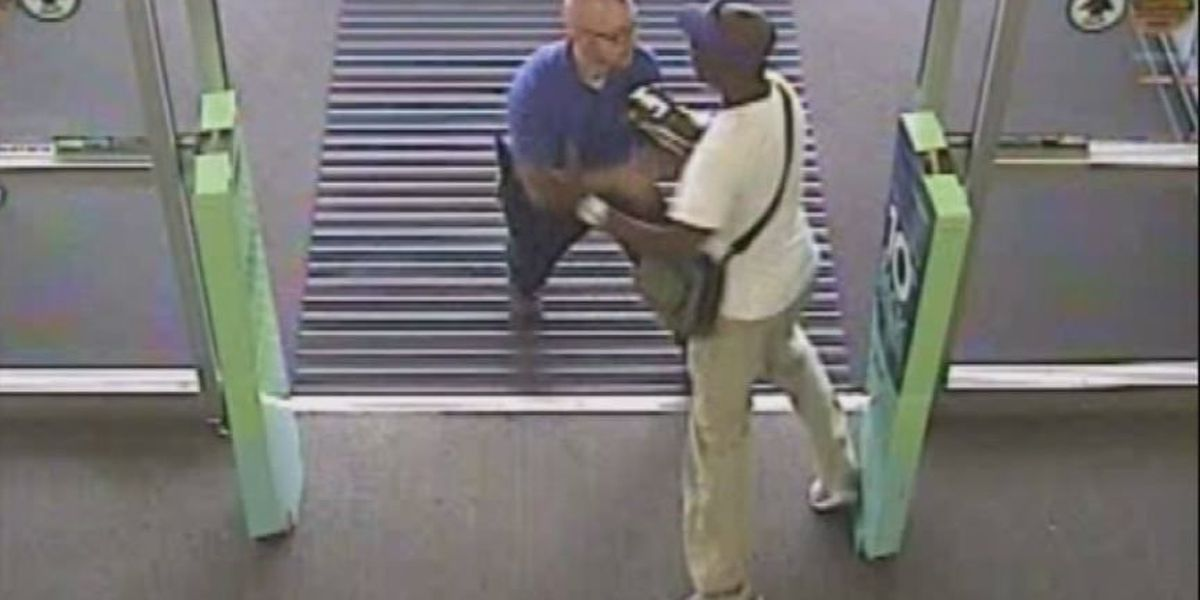 Caught on camera: Thief shoves Best Buy employee