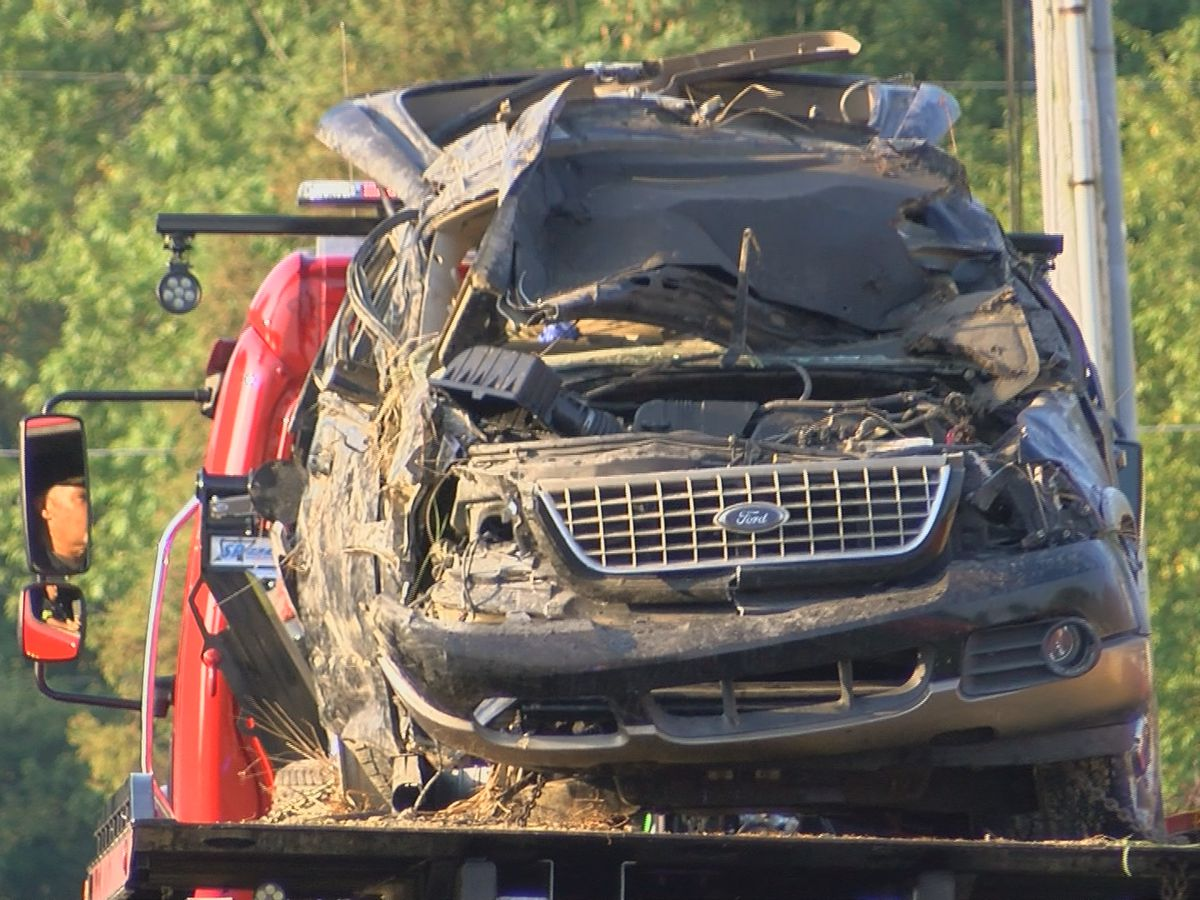 Victims killed in early morning crash in Scott County, Indiana identified