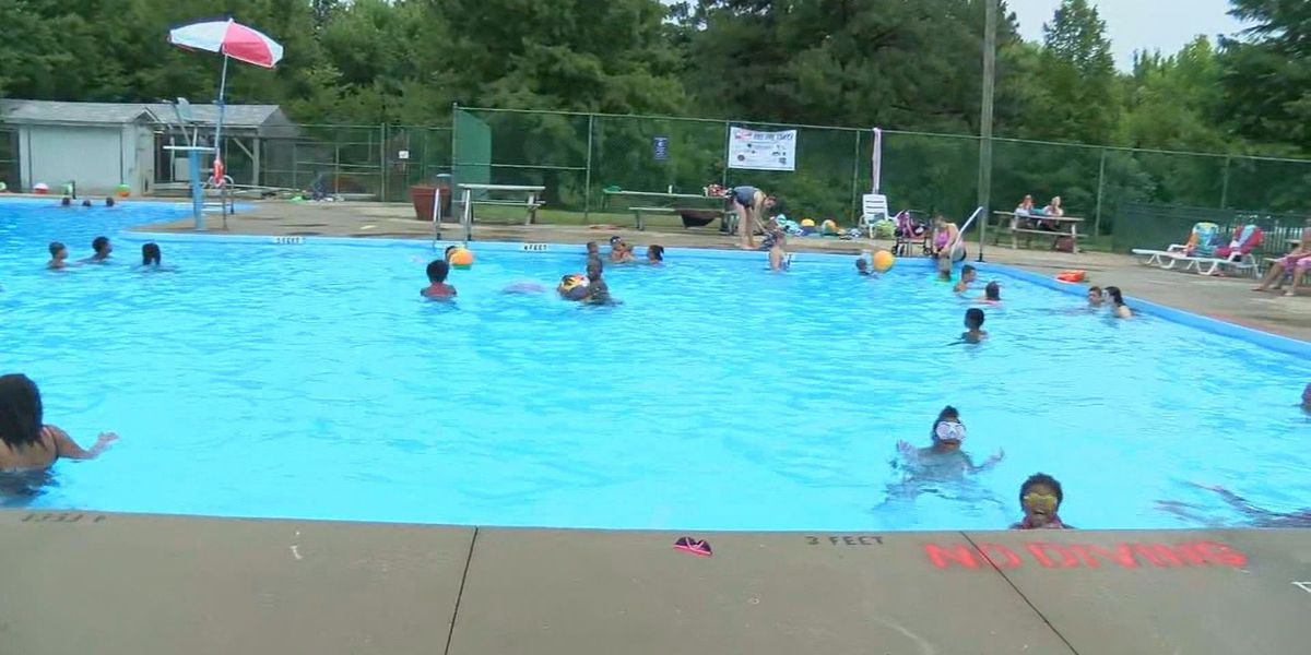 3 Metro Park pools to reopen this week